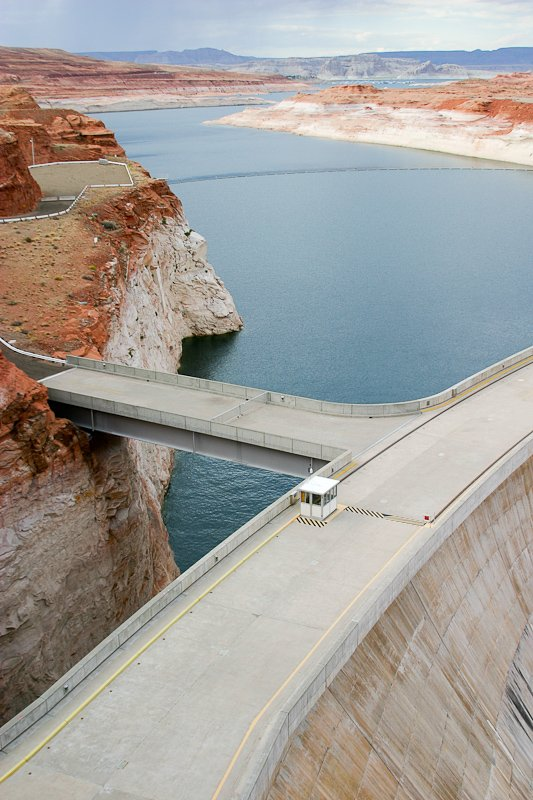 04 Canyons_17 Page Barage_IMG_2570.jpg
