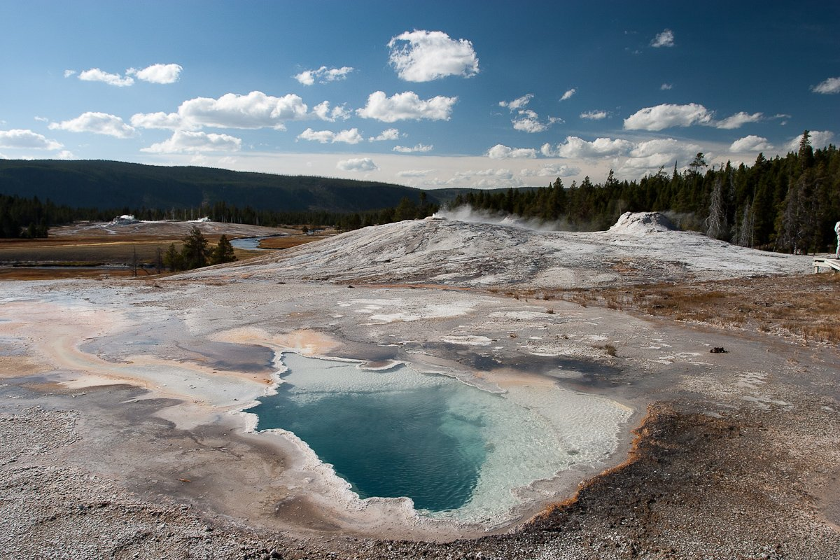 050 Yellowstone_CRW_3724.jpg